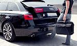 Sensor-controlled tailgate