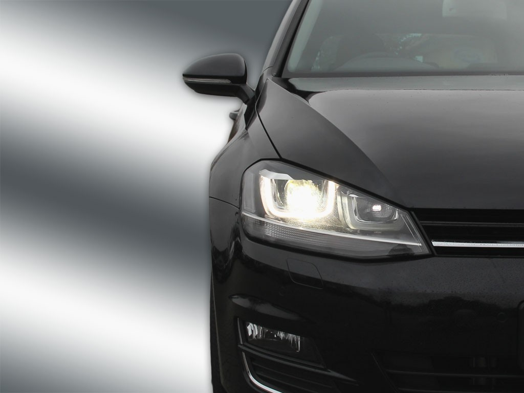 complete bi xenon headlamps with led drl for vw golf 7. Black Bedroom Furniture Sets. Home Design Ideas