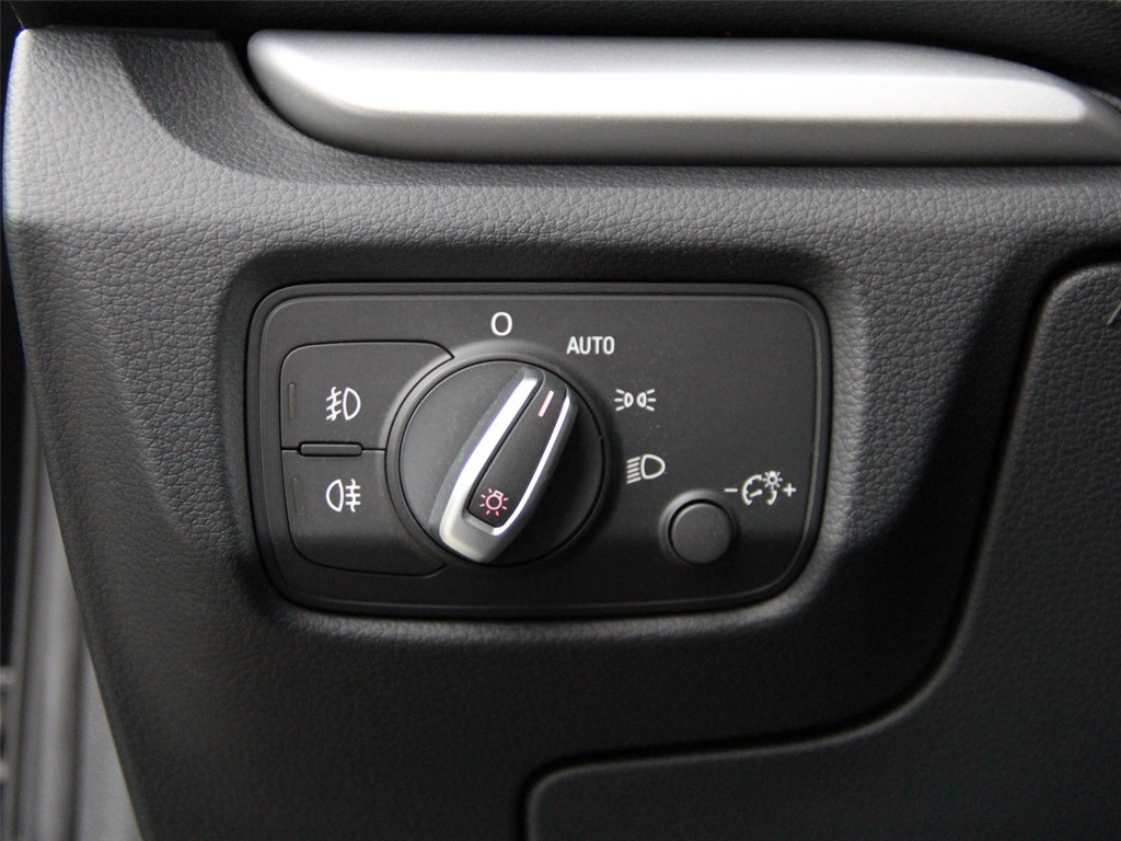 Light Switch With Auto Function For Audi A3 8v