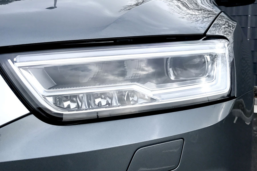 LED Headlights with daytime running lights DRL for Audi Q3 8U